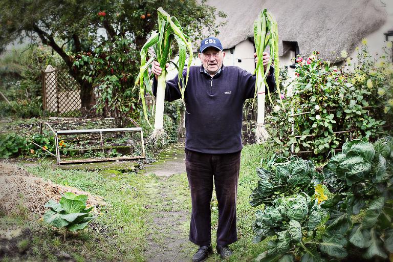 Gardener, leeks, portraits