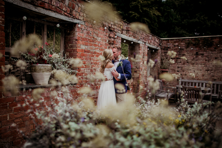 tracey estate, wedding, couple